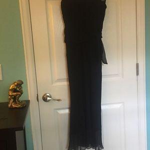 Elegant strapless Betsy Johnson black gown
